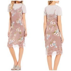 Chelsea & Violet t-shirt slip dress